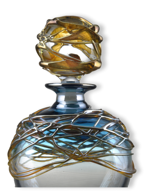 Golden-Trailing-Scent-Bottle- 4